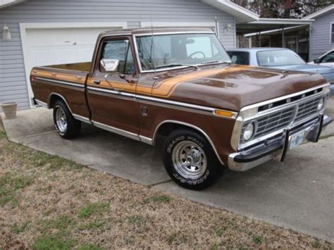 Find used 1975 Ford F 100 Custom Standard Cab Pickup 2