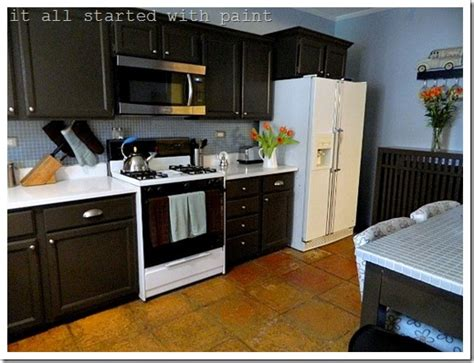 Cabinets Paint Grade by Painting Builder Grade Oak Cabinets What I Did It All