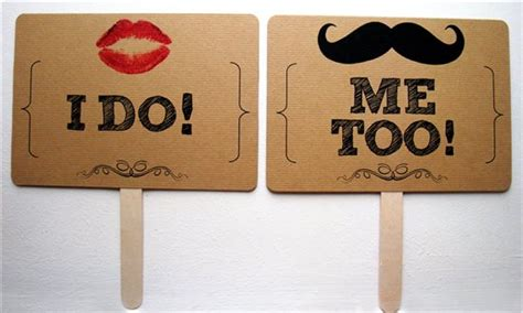 Quirky Mr & Mrs Signs For Sale