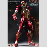 Avengers Age Of Ultron Set Photos Iron Man | 533 x 800 jpeg 85kB