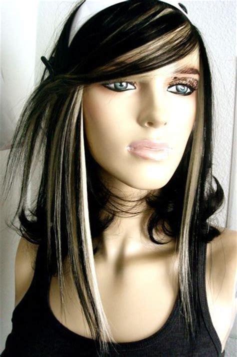 wonderful brunette hairstyles  blonde highlights