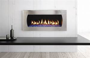 New mezzo fireplace redefines clean modern design heat glo for Modern linear fireplaces