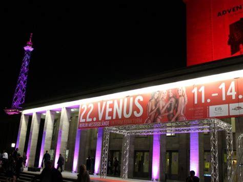 Fotostrecke Venus Berlin 2018  Sextoys, Nackte Haut Und