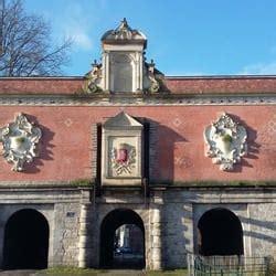 porte de gand 10 photos landmarks historic buildings