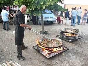 Feu A Bois : paellas au feu de bois youtube ~ Melissatoandfro.com Idées de Décoration