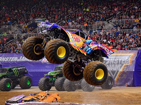 monster truck jams videos trucks monster jam