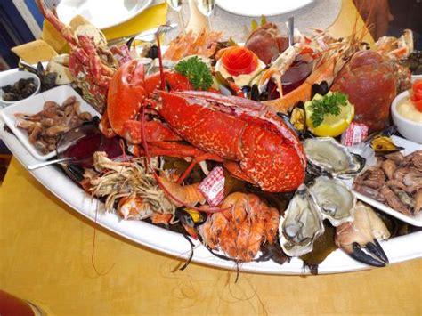 cuisiner les fruits de mer plateau de fruits de mer royal picture of les