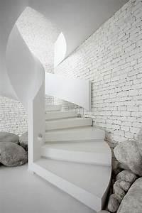 Le mur en brique decors spectaculaires archzinefr for Peindre un escalier en blanc 7 le mur en brique decors spectaculaires archzine fr