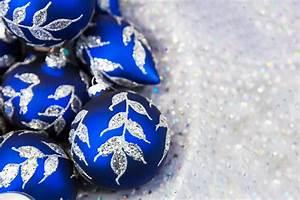 Boule De Noel Bleu : boules de no l bleu photo stock libre public domain pictures ~ Teatrodelosmanantiales.com Idées de Décoration
