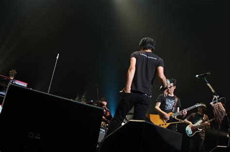 105 3 the fan listen 藤井フミヤ 尚之からなる兄弟ユニットf bloodのレア images frompo