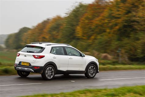 kia stonic  crdi crossover review