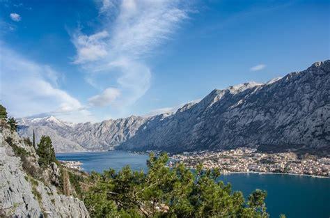 Melnkalne Valsts Svētkos   Aktivitātes   AdventureLab