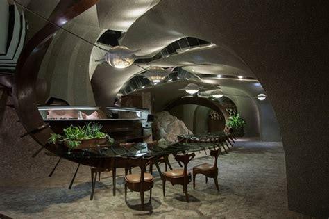 sci fi style desert house  sale  california american luxury mag american luxury