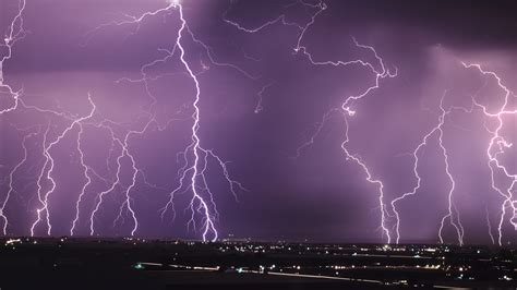 lightning wallpapers images  pictures backgrounds