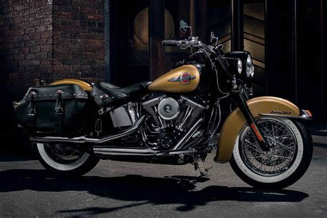 Harley Davidson Heritage Softail Review by Harley Davidson 2017 Heritage Softail Classic Review
