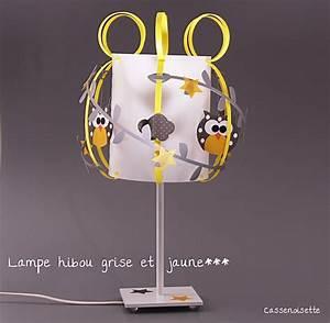 Lampe Chevet Enfant : lampe enfant hibou gris et jaune fabrique casse noisette ~ Teatrodelosmanantiales.com Idées de Décoration