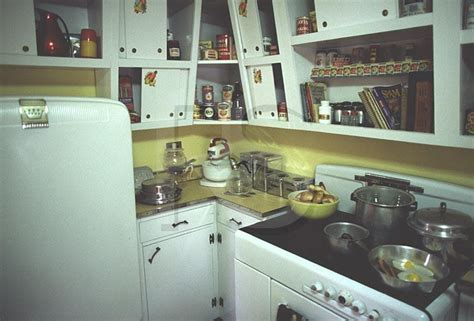 50 s kitchen design the fifties kitchen afreakatheart 1107
