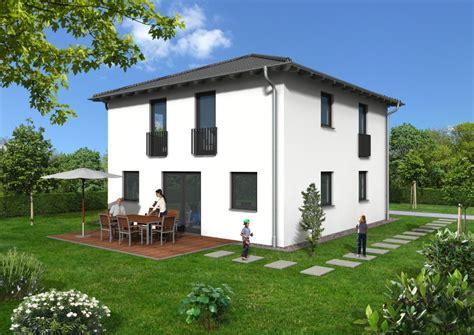 Moderne Quadratische Häuser by Reitmaier Holzhaus Holzh 228 User