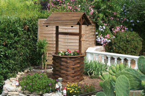Puit Decoratif Jardin by D 233 Co Jardin Puit En Bois Exemples D Am 233 Nagements