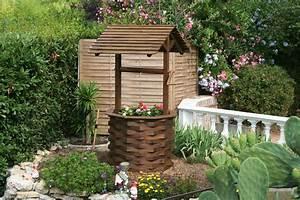 Déco Exterieur Jardin : puit jardin decoration agencement jardin exterieur ~ Farleysfitness.com Idées de Décoration