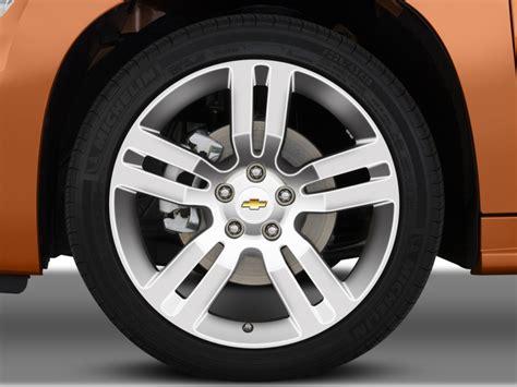 image  chevrolet hhr fwd  door ss wheel cap size