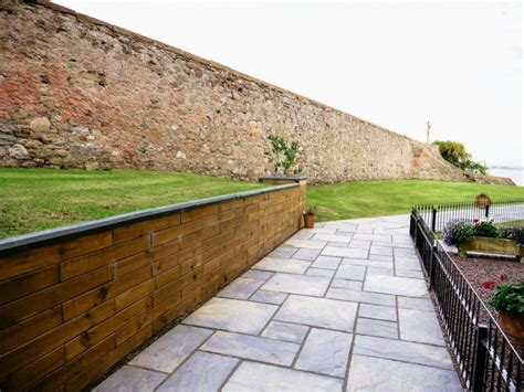 retaining garden walls made to measure woodblocx
