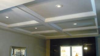 plafond caisson bois massif design de maison