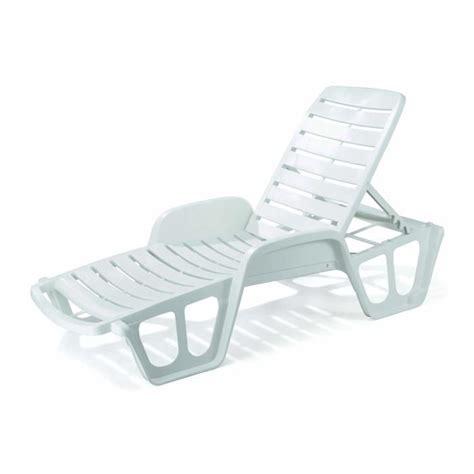 chaise longue pvc blanc lit bain soleil monobloc blanc proloisirs achat