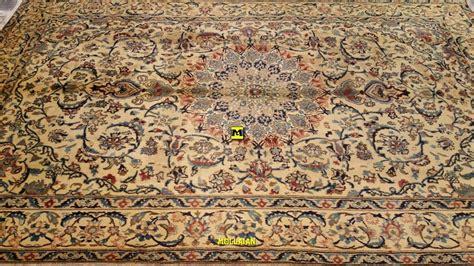 vendere tappeti vendere tappeti mollaian tappeti orientali