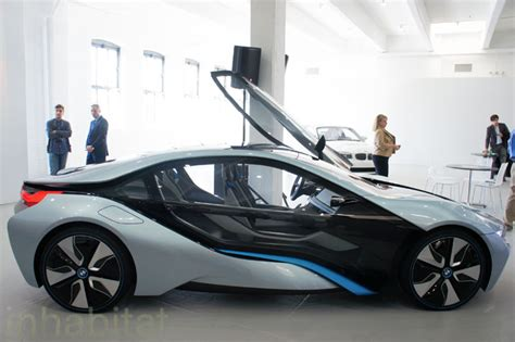 Hybrid Or Electric Cars by Photos Bmw Unveils I3 Electric Car And I8 Hybrid Electric