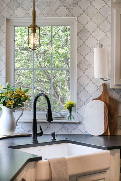 arabesque tile kitchen backsplash ideas  inspiration