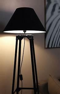 Luminaire Sur Pied : lampadaire acier sur pied style industriel loft ~ Nature-et-papiers.com Idées de Décoration