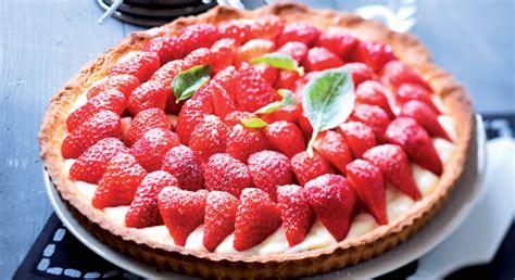 tarte aux fraises et sa cr 232 me p 226 tissi 232 re au basilic prima