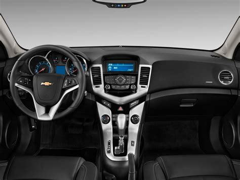 image  chevrolet cruze  door sedan ltz dashboard