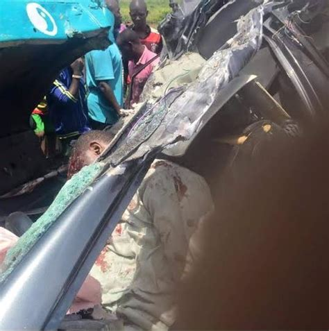 Accident At Kaduna Toll Gate Leaves Four People Dead