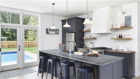 White And Navy Kitchen Design Ideas