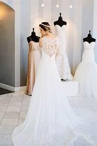 Wedding dress shopping tips dash of darling for Wedding dress shopping tips