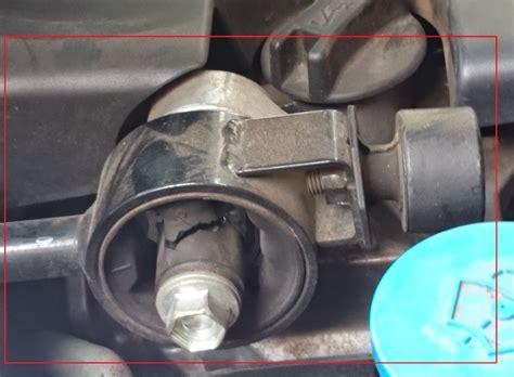 aneka info teknik cara mengganti engine mounting grand livina