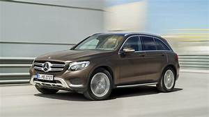 Mercedes 250 D : first drive mercedes benz glc class glc 250 d 4matic auto top gear ~ Carolinahurricanesstore.com Idées de Décoration