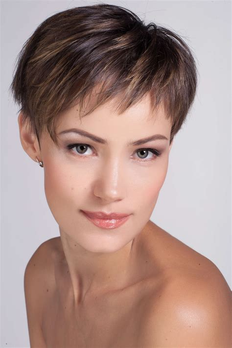 Crop Hairstyles by 21 Most Popular Crop Hairstyles And Haircuts For