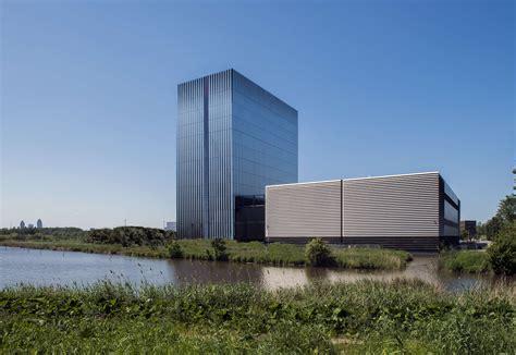 Equinix levert tweede datacenter Amsterdam op   PropertyNL