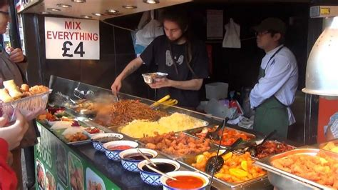 london good street food thai restaurants  camden market