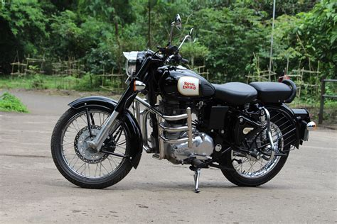 Royal Enfield Classic 500 Image by Royal Enfield Classic 350 Photos Images And Wallpapers