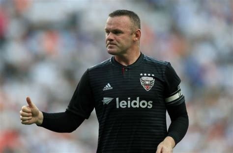 Wayne Rooney quits alcohol to save his marriage : The ...