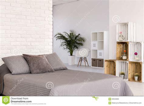le chambre a coucher chambre à coucher légère dans le style scandinave photo
