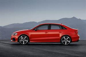 Audi Rs3 Sedan : 2017 audi rs 3 sedan unveiled with 294kw 5 cyl engine ~ Medecine-chirurgie-esthetiques.com Avis de Voitures