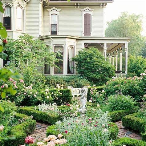 beautiful front yards 28 beautiful small front yard garden design ideas victorians pinterest gardens beautiful