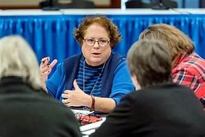 Leaders Unite To Steer Students Toward Stem Education