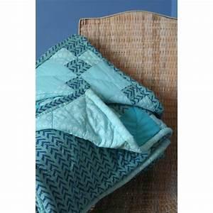 Couvre Lit Bleu : couvre lit bleu des mers du sud ~ Teatrodelosmanantiales.com Idées de Décoration