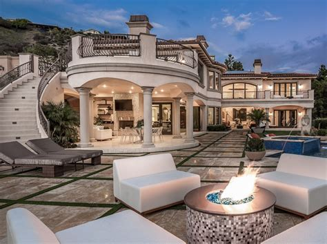 .495 Million Mediterranean Mansion In Los Angeles, Ca